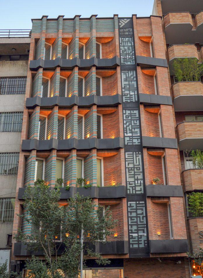 ساختمان زیتون